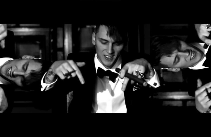 """#NewVideo Machine Gun Kelly ft Tezo – """"All Black Tuxedos"""" #BlackFlag"""