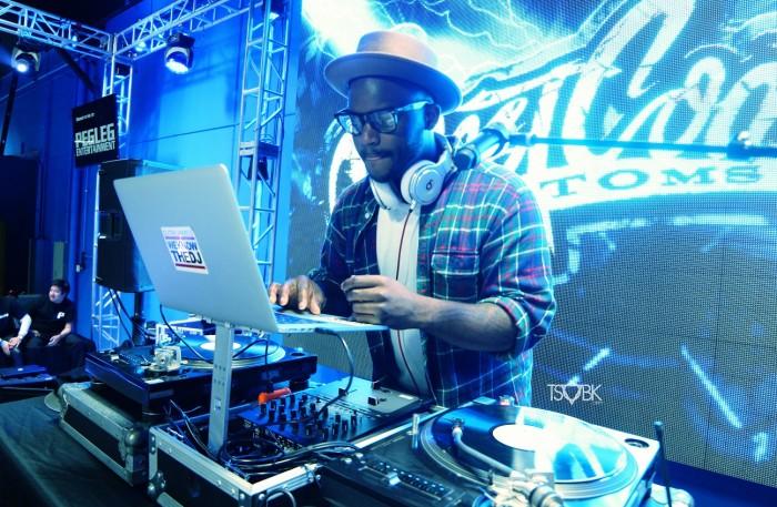 DJ Tay James DJ Hustle