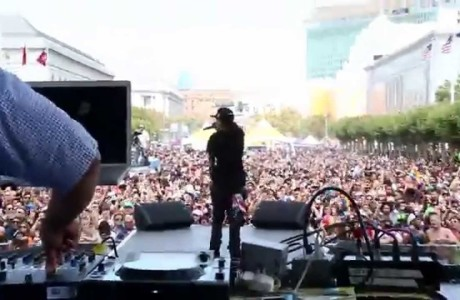 #WTW #BTS #Video @SIYA performing @SFPride MAIN Stage, 2015 over 1 million people