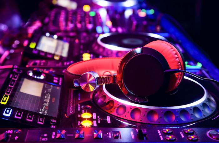 DJ Hustle HustleTV Hustle Los Angeles DJ