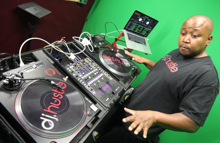 Hustle DJ Hustle of HustleTV 2 . JPG